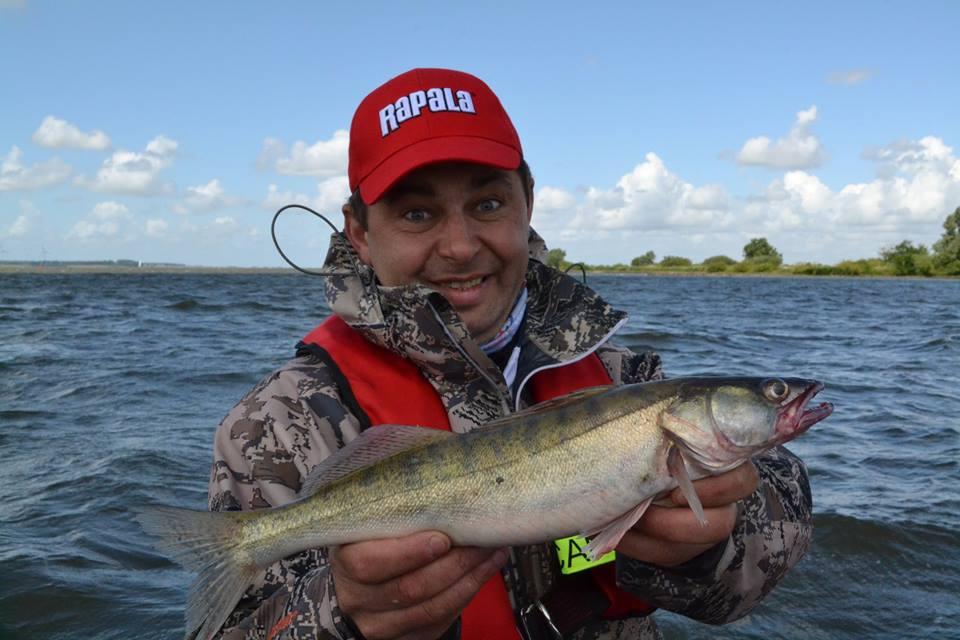 2 рыбака поймали 36 рыб первый поймал в 8 раз больше чем второй