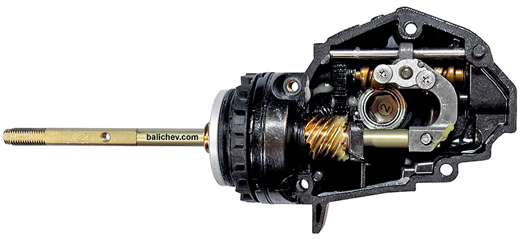 shimano_20_twin_power_06.jpg